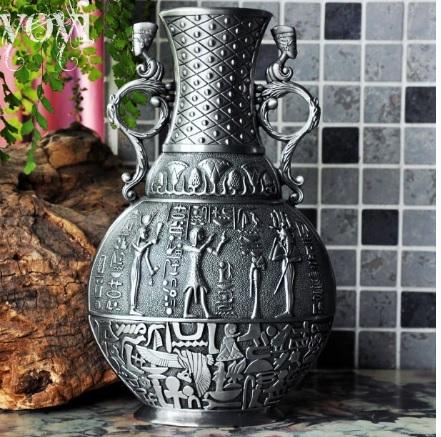 Bình hoa kiểu cổ điển, hoa văn Ai Cập cổ đại