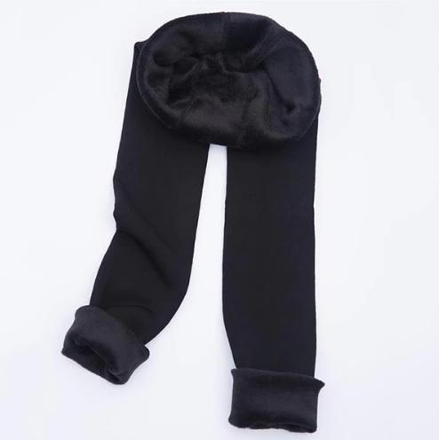 Màu đen